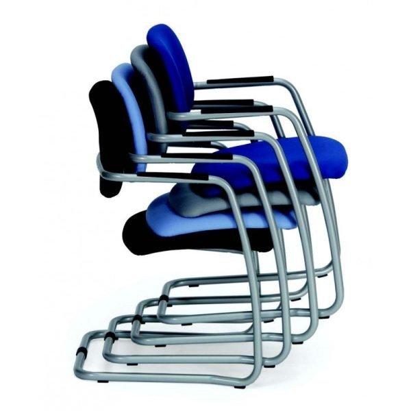 Chaise d'accueil empilable HANS